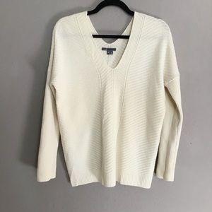 Vince chevron v neck wool cashmere sweater